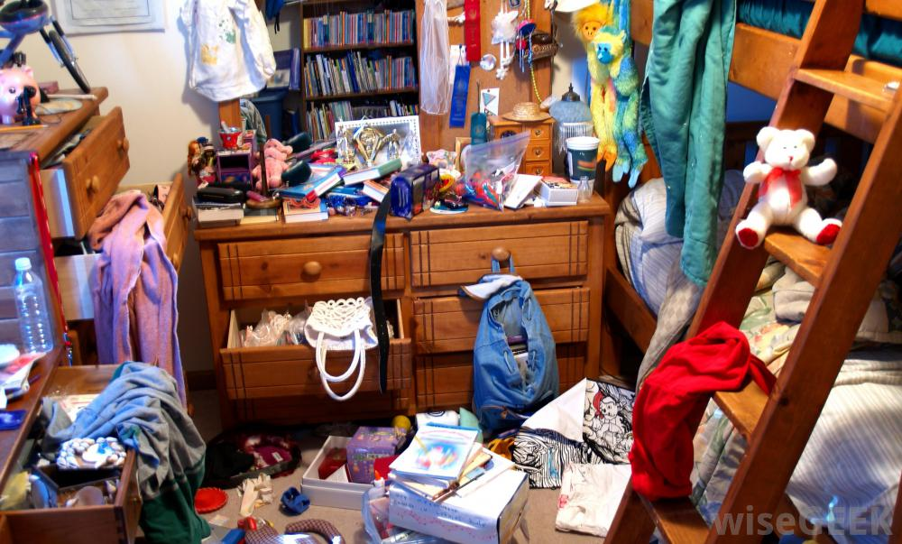 Kid's cluttered room