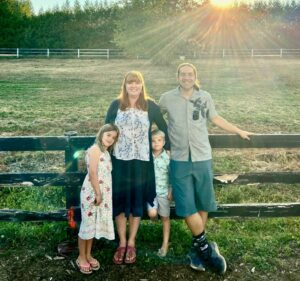 """BC Parent Profile – Robyn Hardy aka """"Bobs"""" making music magical"""